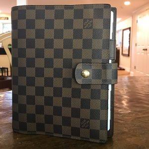 Louis Vuitton GM Large Notebook Agenda +Dust Bag++